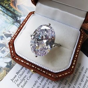 5ct Oval Ring